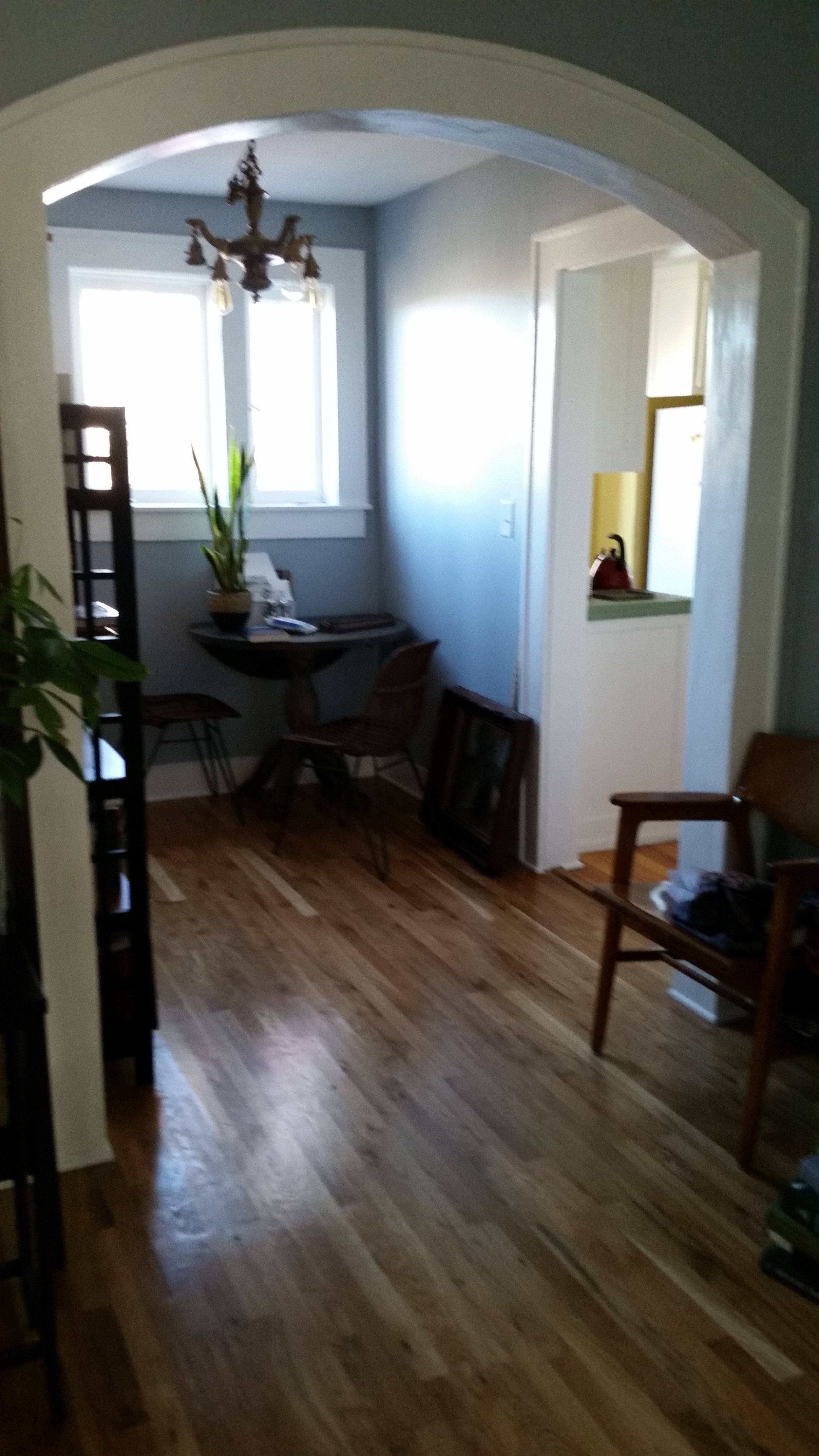 An upstairs downstairs duplex in an historic 1920 building off the red bricks of Camp Bowie Boulevard,