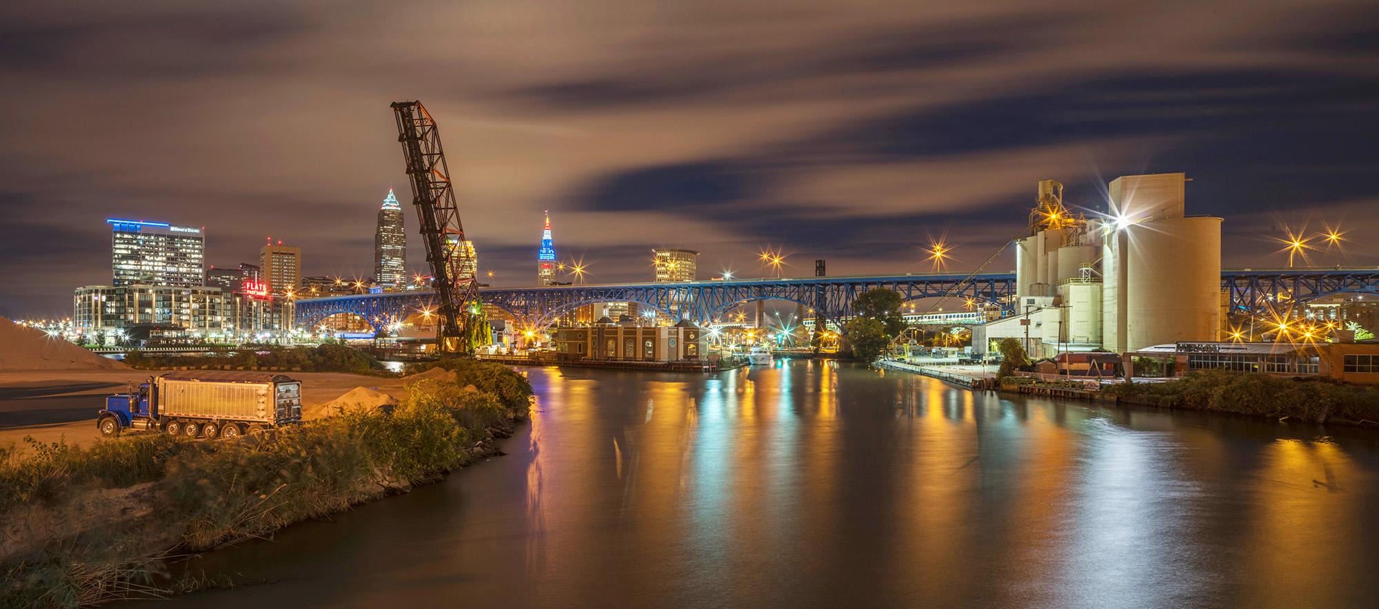 013_Peter_Essick-Cuyahoga_River_Ohio.jpg