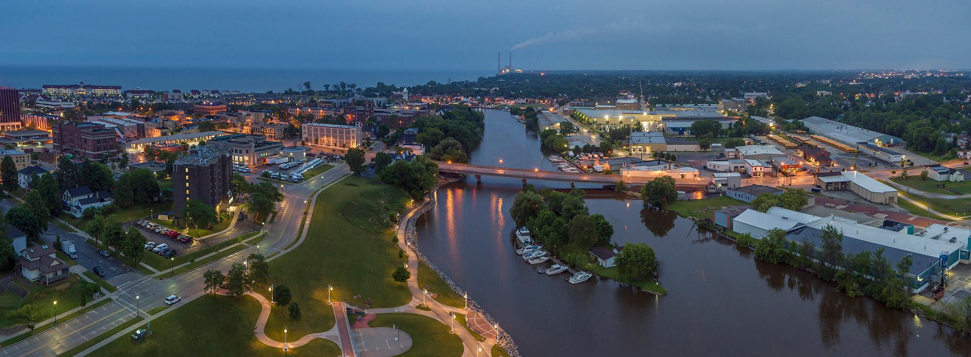 021_Peter_Essick-Sheboygan River_Wisconsin.jpg