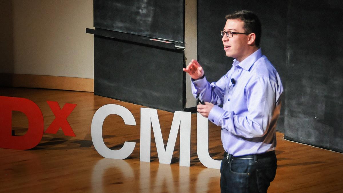Luis von Ahn speaks at TEDx. | Image: TED