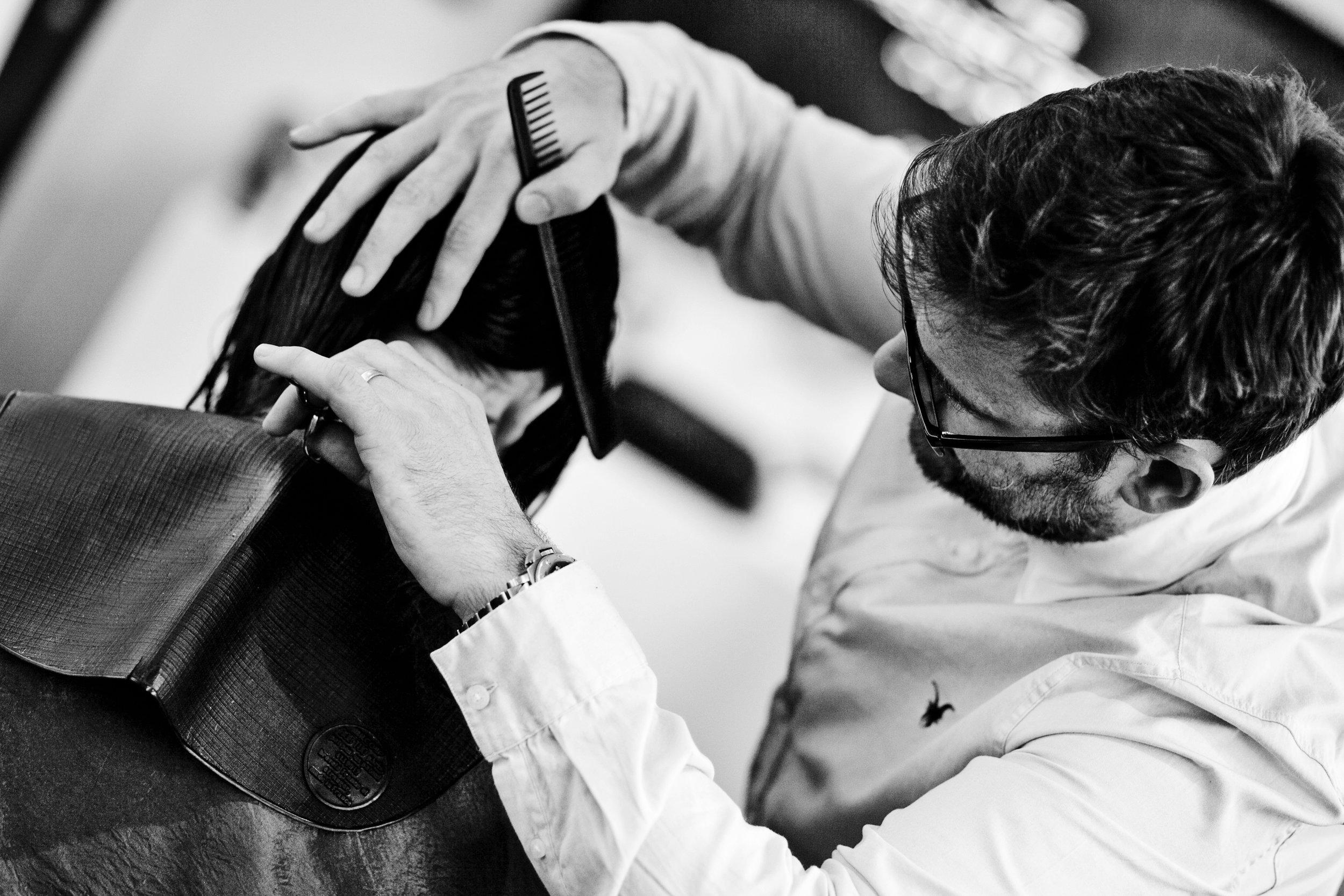 Dylan Bradshaw cutting hair