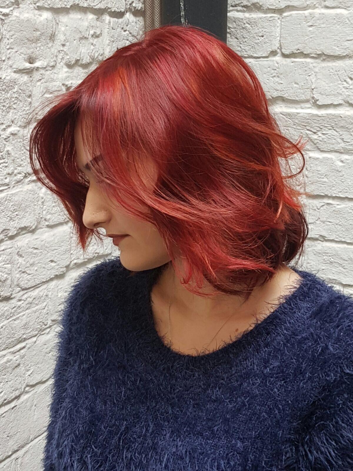 Carolyn Newman Colour Expert