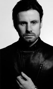 Paul Davey Hairdresser
