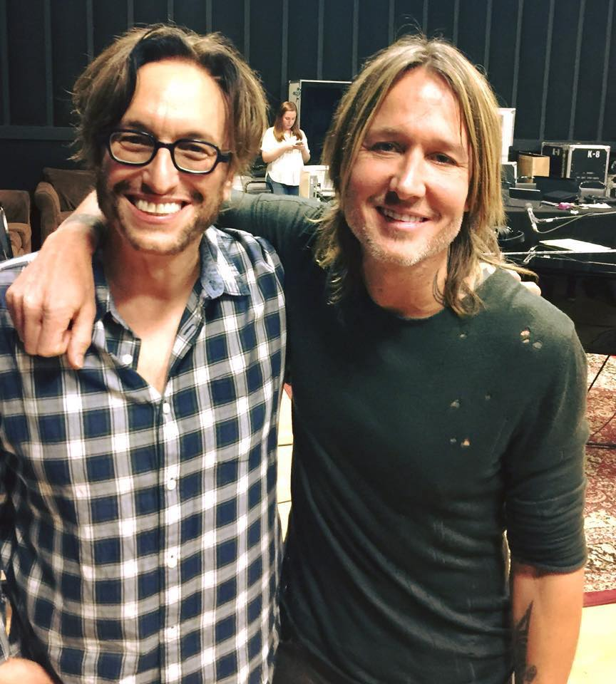 Adam Chester  with  Keith Urban  in rehearsals for the tribute concert