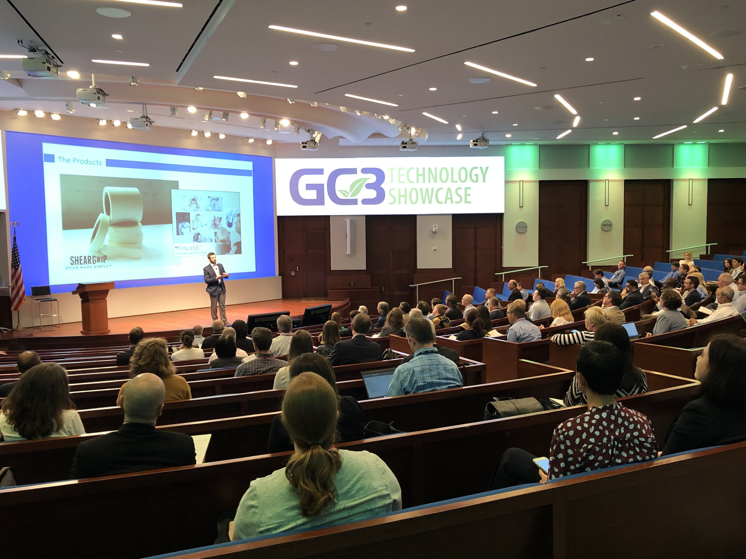 AAI's COO and Principal Scientist Kevin White delivering a pitch at the Green Chemistry & Commerce Council's technology showcase, hosted this year by Procter & Gamble at their Cincinnati headquarters. AAI and our ShearGrip bio-inspired dry adhesive technology was selected from a pool of over 30 companies and took home the top prize.