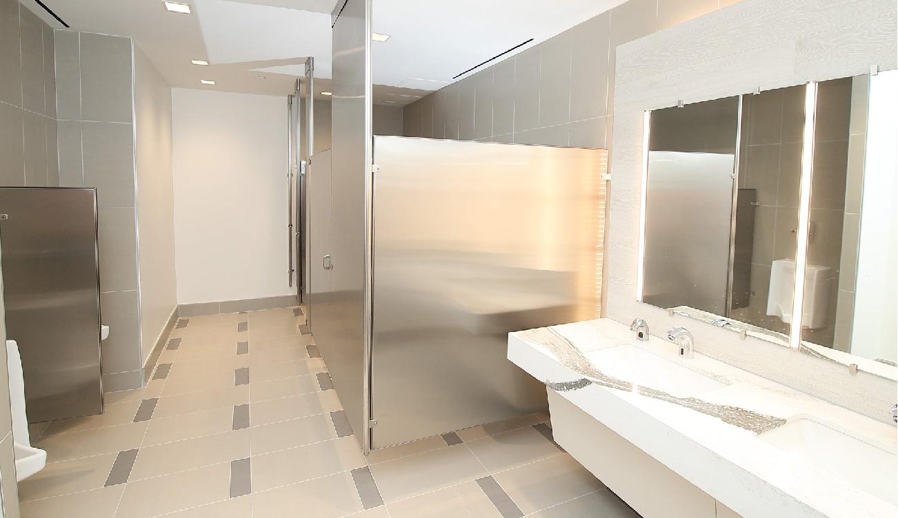 greenway-plaza-restroom8-01.jpg