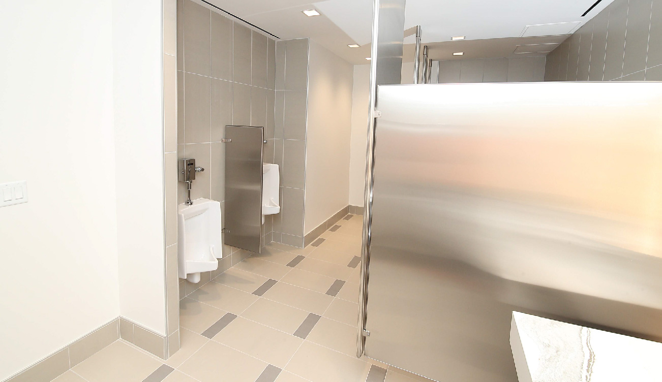 greenway-plaza-restroom10.jpg