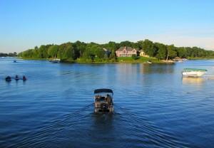 mona-lake-michigan-homes-for-sale-300x208.jpg