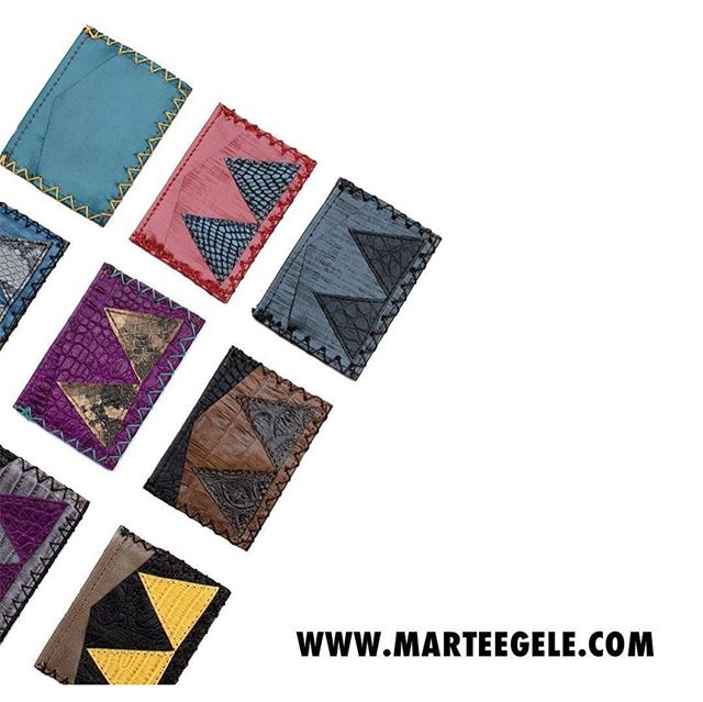 Marté Egele @marteegele is a genuine handmade leather accessories brand born out of true friendships and a yearning for individuality while the founder resided in Los Angeles. With the desire to create unique, high quality products through the fusion of African culture and Western style, it led to the authentic, artistic look and feel of every leather accessory piece that is carefully crafted by African artisans for both sexes and every silk twill scarf printed.  They offer leather goods from cardholders, wallets, pouches and clutches for both men and women to various styles of women handbags all made in Nigeria.  Follow them and get top quality gifts for yourself, friends, family and work colleagues. They'll love you more for it, trust me!  Swipe Left for more images 🙂  #MarteEgele #LeatherGoods #MadeInNigeria #TheReturnees #Partnerships #Lagos