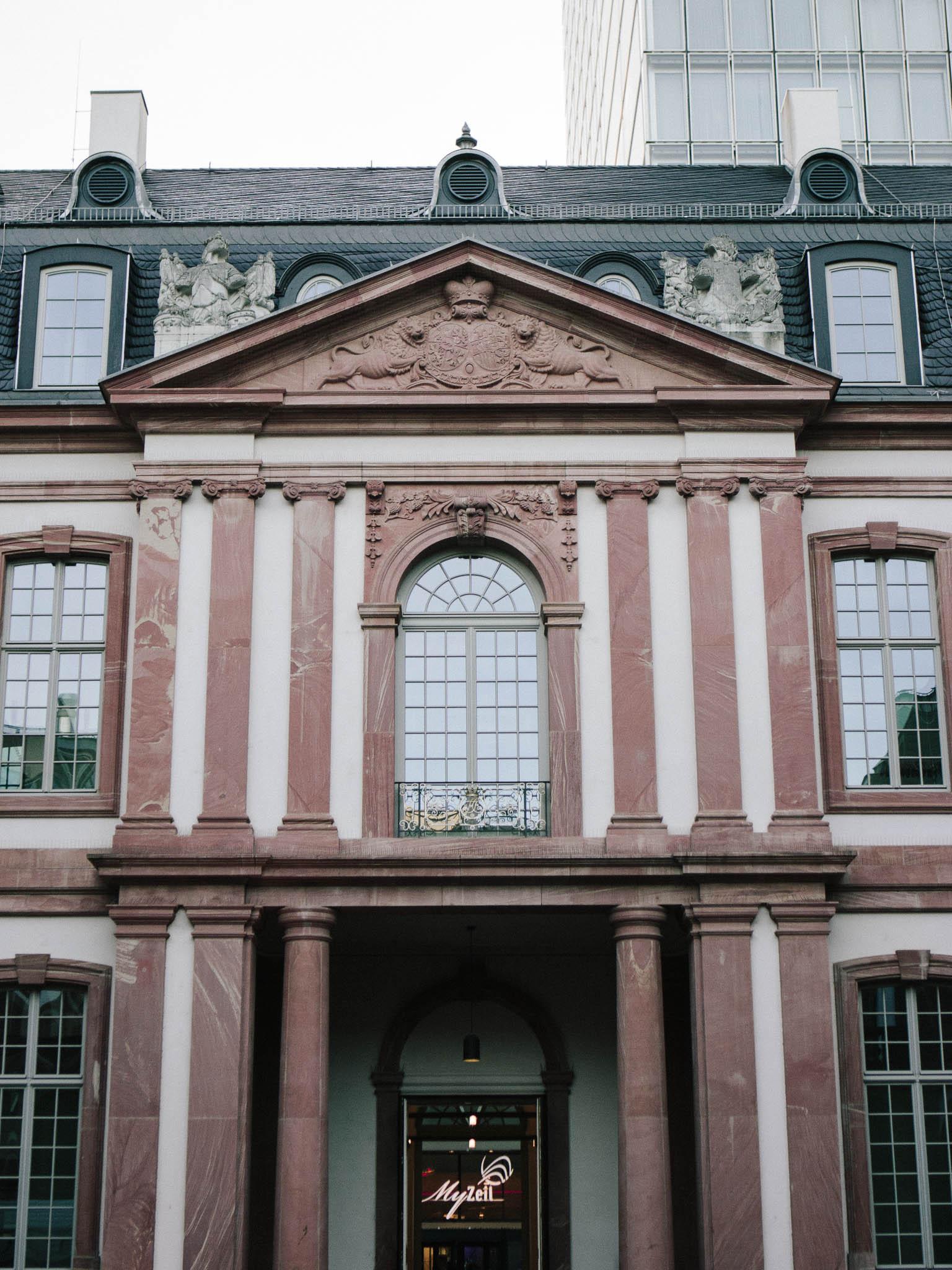 frankfurt-things-to-do-travel-romer-goethe-house-stadel-lara-lam1.jpg