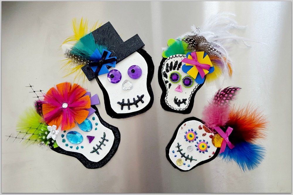Felt-and-Feather-Dia-de-los-Muertos-Skull-Broach-6.jpg