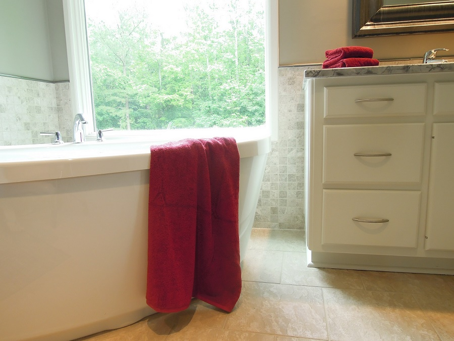 Bathroom_Design_Freestanding_Tub_Cary_s.JPG