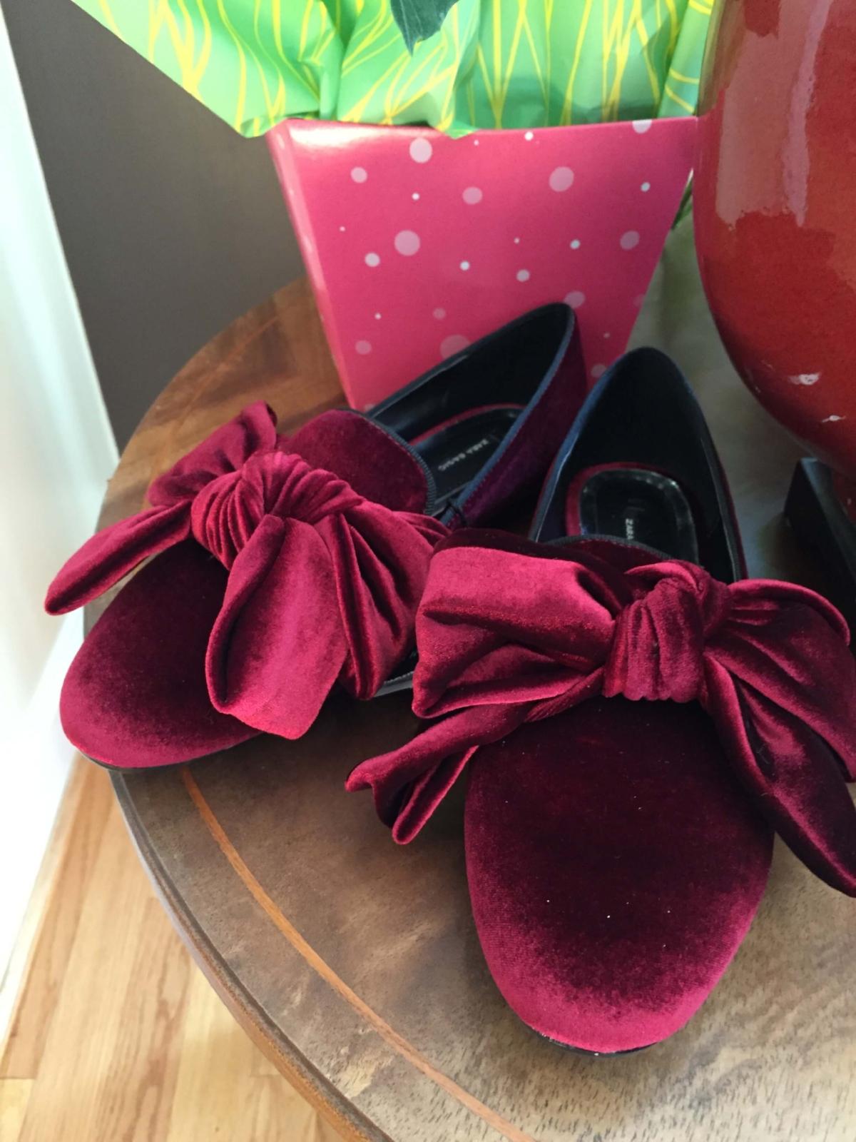 velvet_shoes.JPG