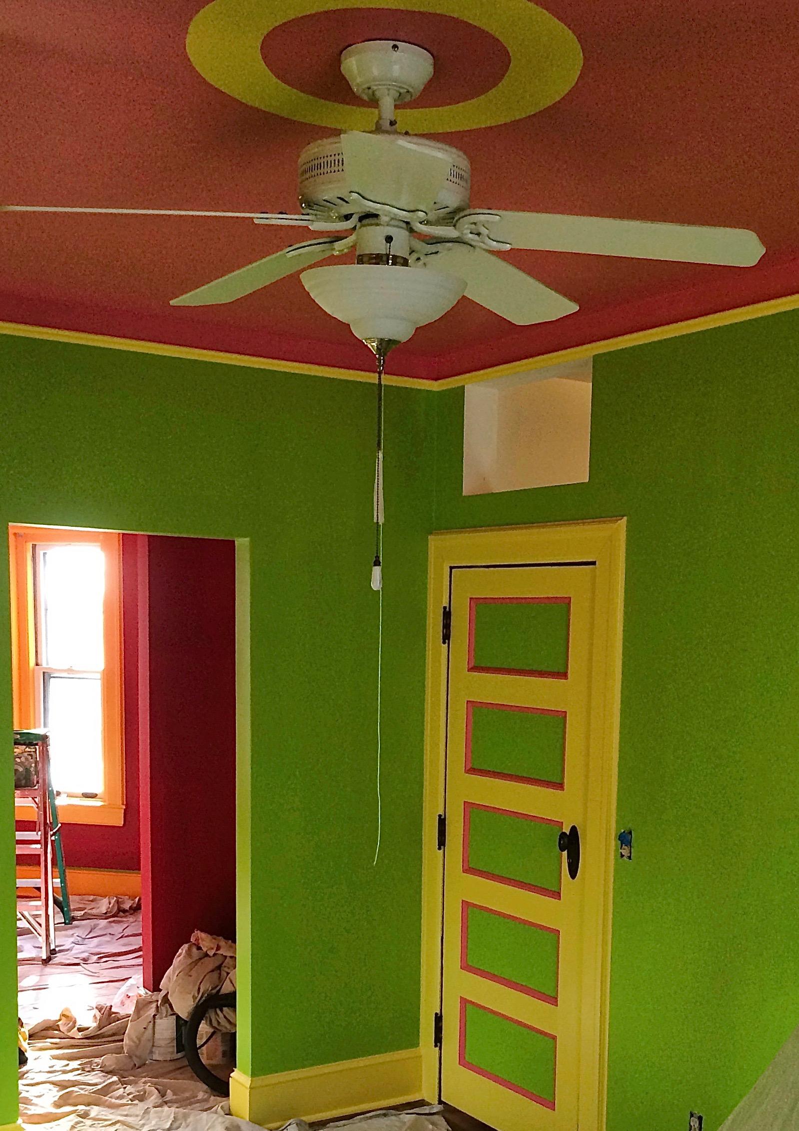 green_walls.jpg