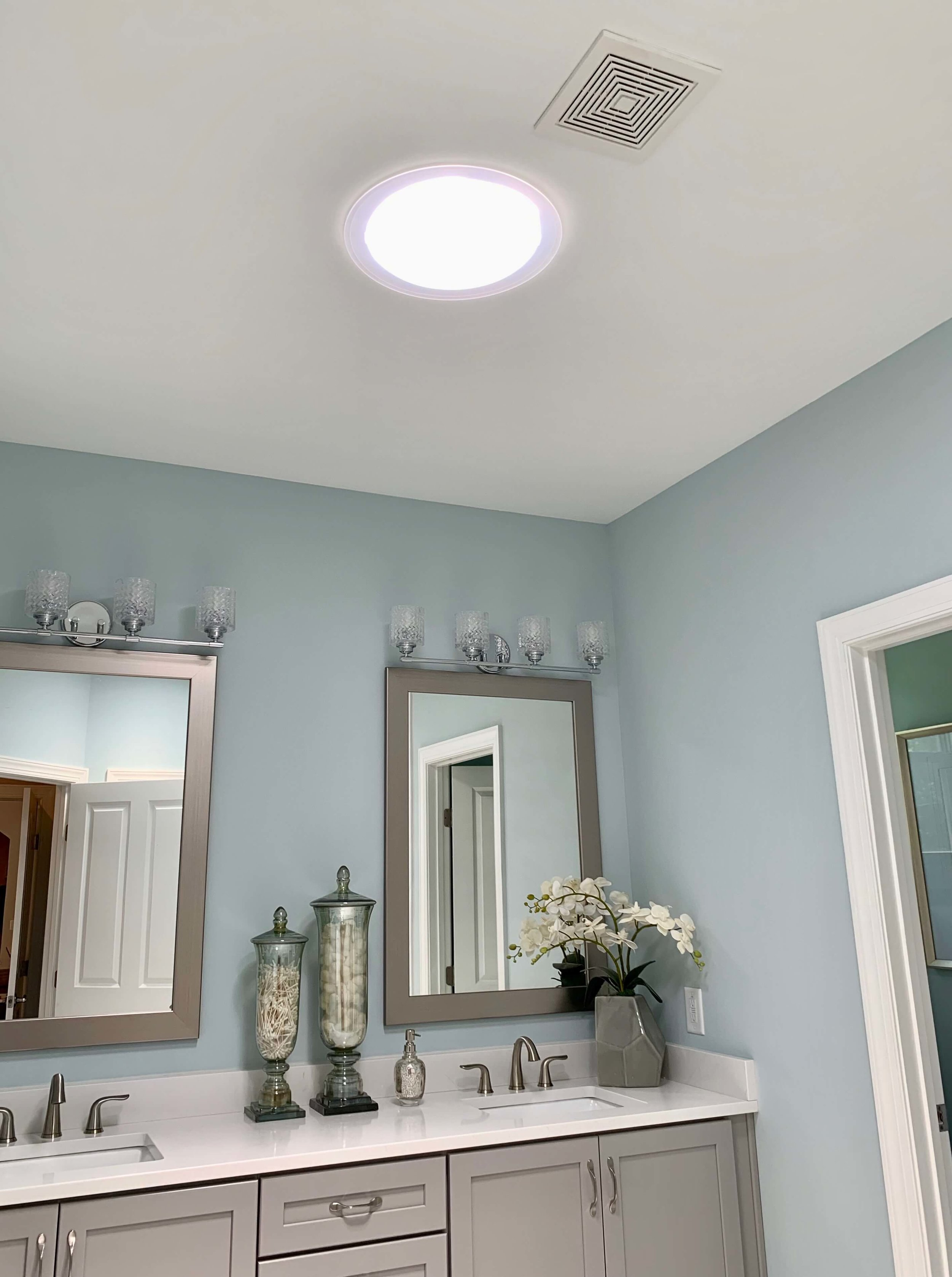 model_home_decorating_solar_tube.jpeg