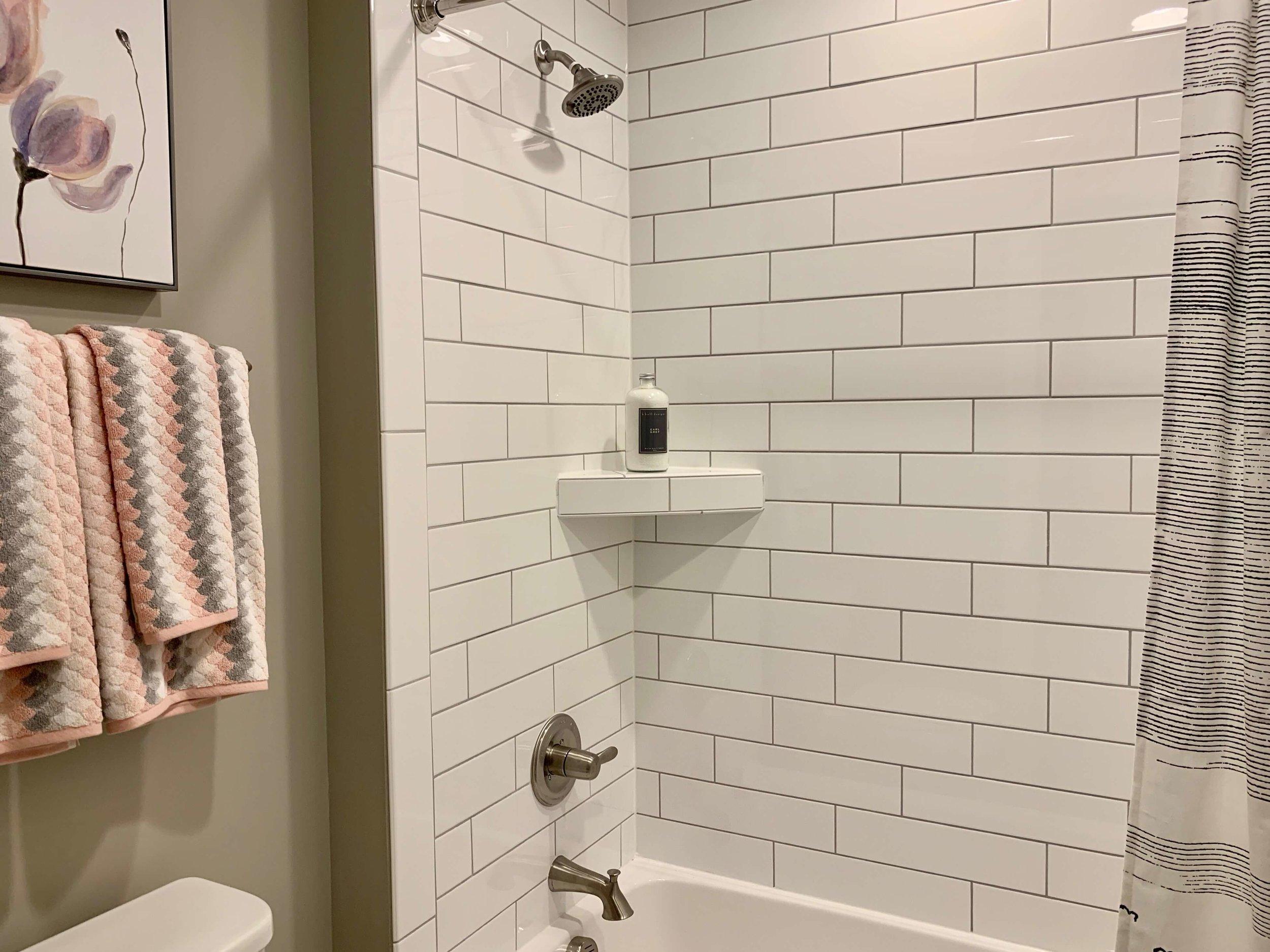 gray_bathroom_paint_color.jpeg