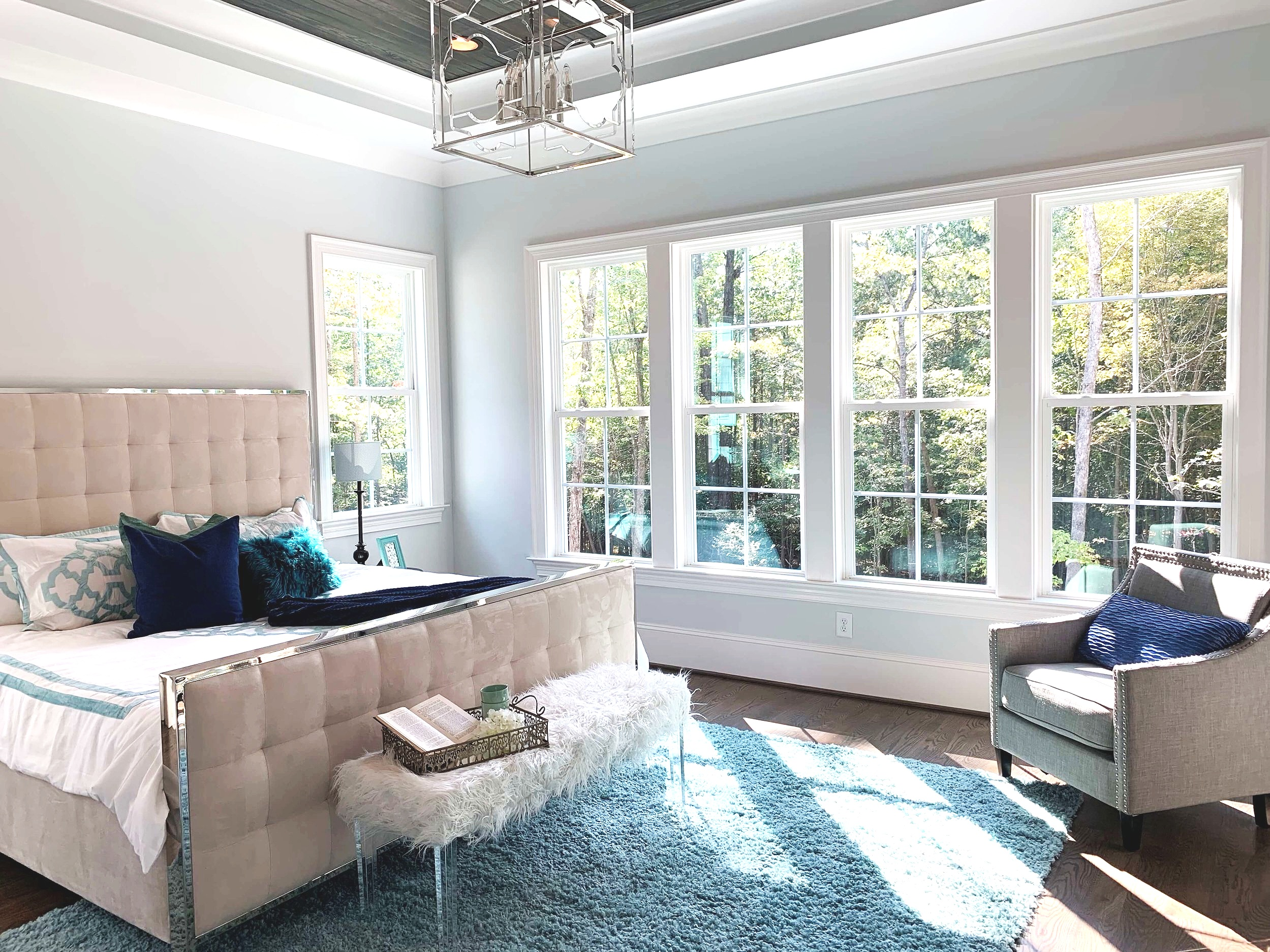 I use home tours as a way to update my supply of decorating ideas for design consultations in the greater Raleigh area.