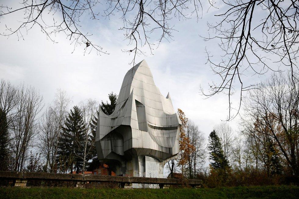 former-yugoslavia-monuments (1).jpg