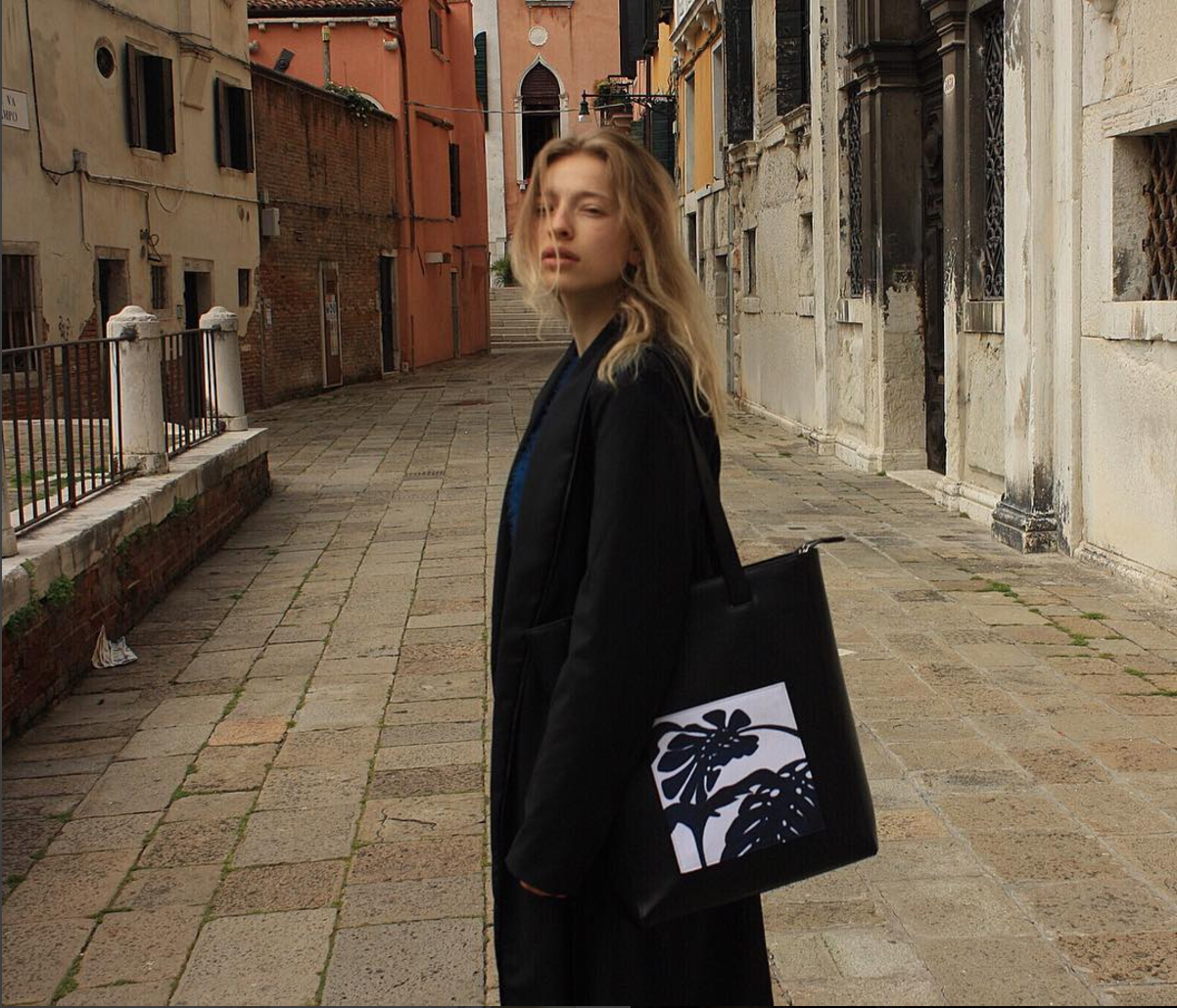 Xenia Emily with TOTE 01