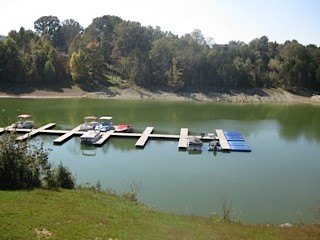 Tennessee_Golf_Woodlake_Norris_Lake_Boat_Slips.jpg