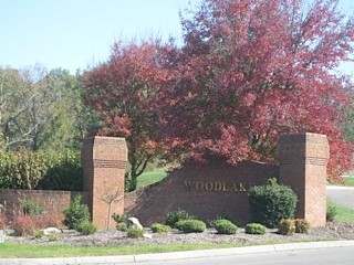 Tennessee_Golf_Woodlake_Entrance_Autumn.jpg