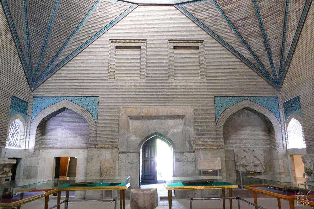 ince-minareli-madrasa-03.jpg
