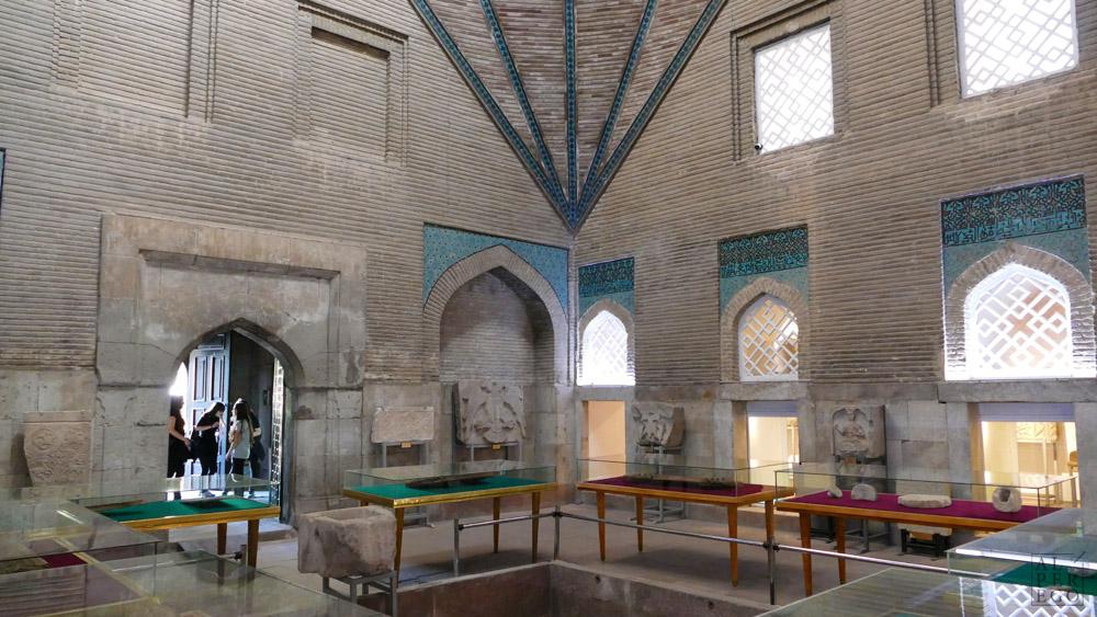 ince-minareli-madrasa-14.jpg
