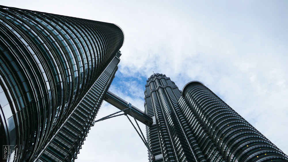 petronas-towers-12.jpg