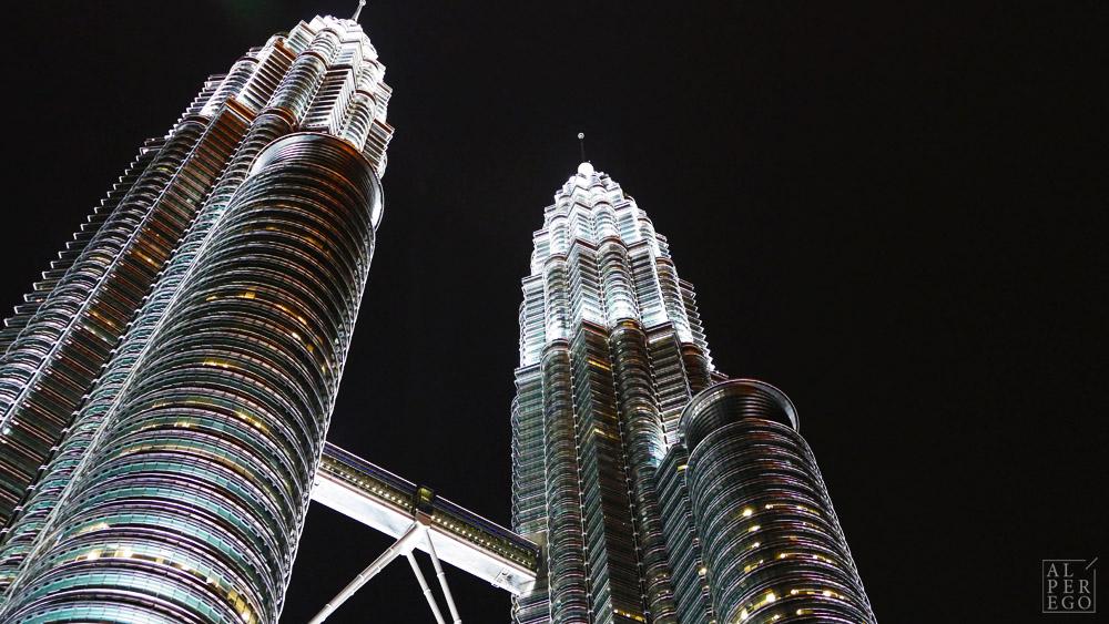 petronas-towers-21.jpg