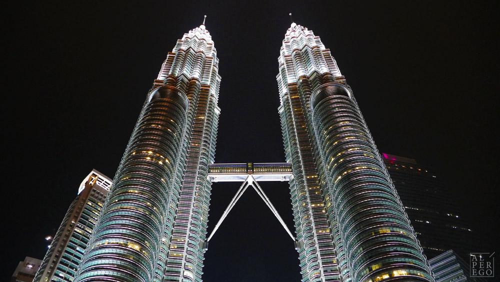 petronas-towers-27.jpg
