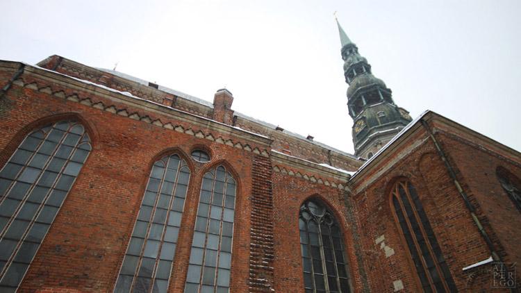 baltic-circle-0607-riga-st-peters-church.jpg