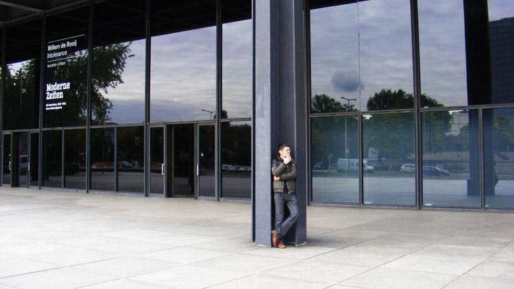 03 Neue National Galerie column Alper.jpg