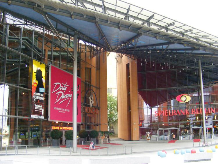 17 Theater am Potsdamer Platz.jpg