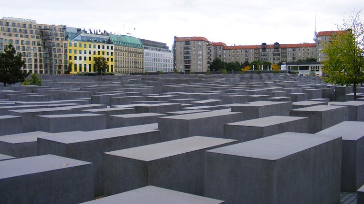 25 Memorial to the murdered Jews of Europe by Peter Eisenman.JPG
