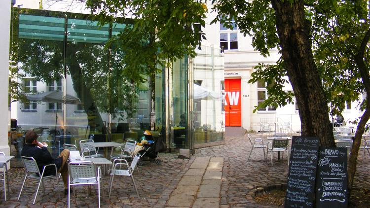 40 cafe bravo Dan Graham and Johanne Nalbach.jpg