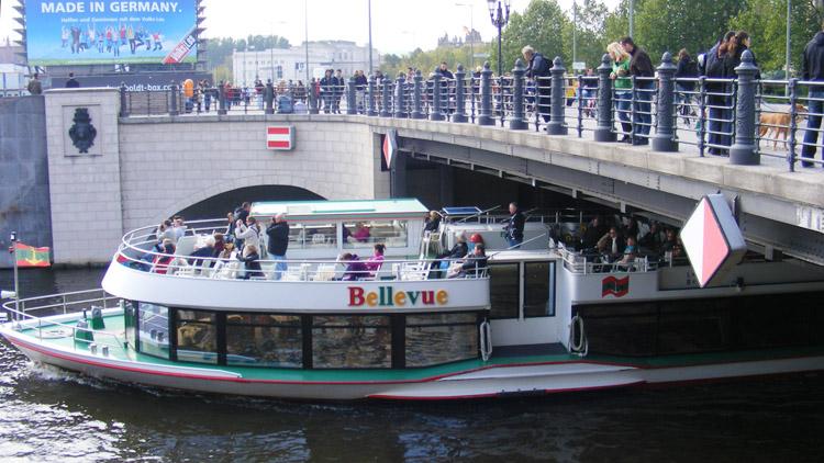 42 Liebknechtbrücke.jpg