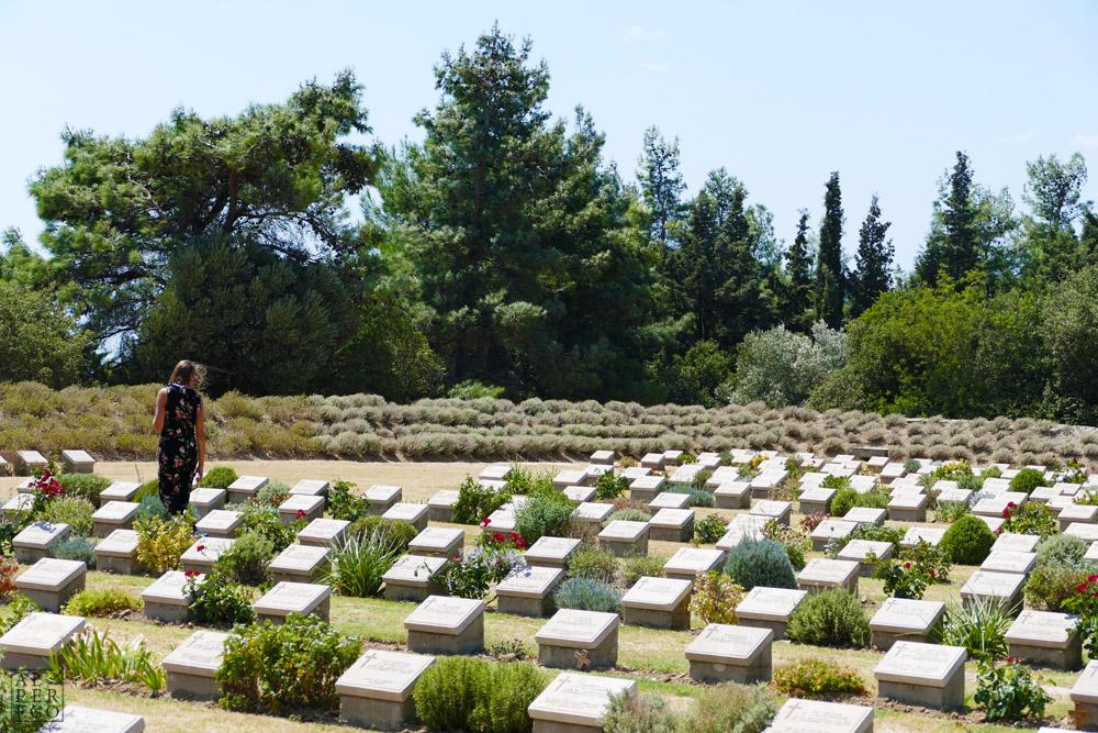 lone-pine-cemetery-13.jpg