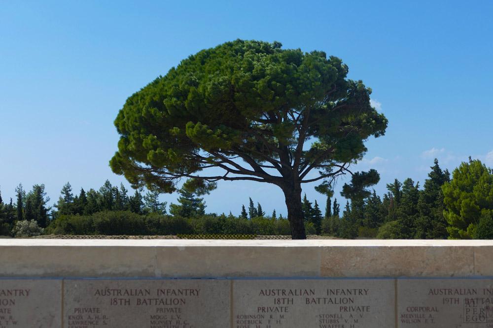 lone-pine-cemetery-16.jpg
