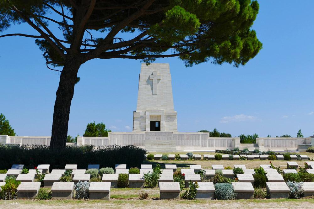 lone-pine-cemetery-19.jpg