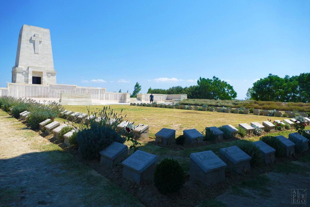 lone-pine-cemetery-24.jpg