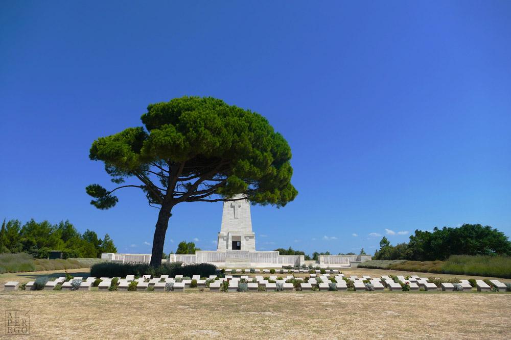 Lone Pine -