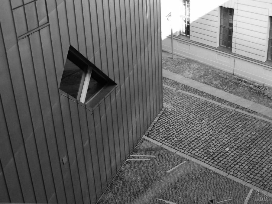 jewish-museum-berlin-18.jpg