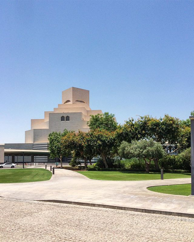 The Museum of Islamic Art by Ieoh Ming Pei.  ___ #impei #masterpei #museums #archi_students #archdesigndaily #archdaily_qatar #archdaily_doha #mimari #masterpiece #architecture_best #architeture #1_unlimited #wow_planet #buildingswow #srs_buildings #architectanddesign #alperego #alperego_blog #alperego_arch #qatar_photo #dohainstagram #islamicart #islamicmuseum #dohaarchitecture #qatararchitecture #gezginler