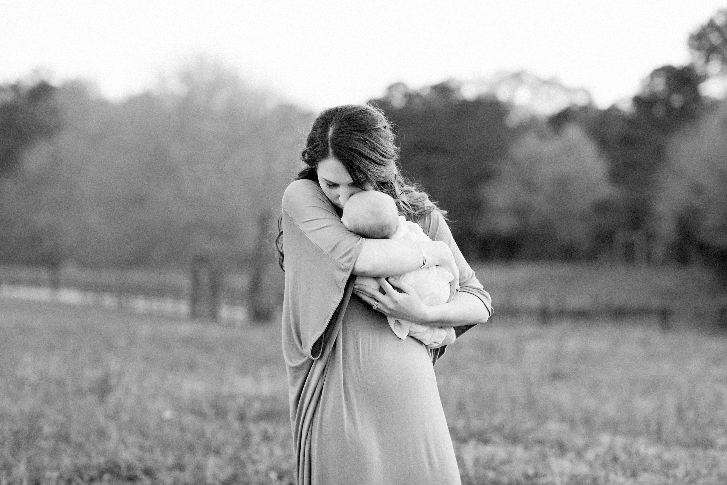 QuietSidePhotography-NorthernVA-Photographer-LoudounCountyVA-newborn-maternity-family-motherhood.jpg