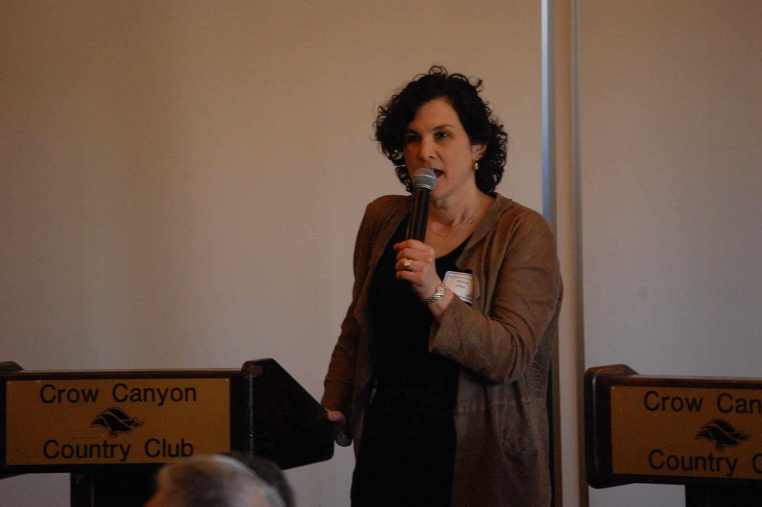 Dr. Jessica Zitter - the speaker 2.jpg