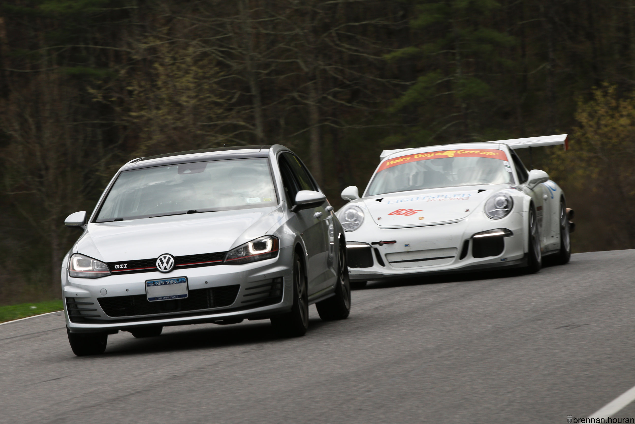 Above:    A Volkswagen Golf GTI is easy prey for the Porsche 991.1 GT3 Cup, even though the drivers possess the same skill.