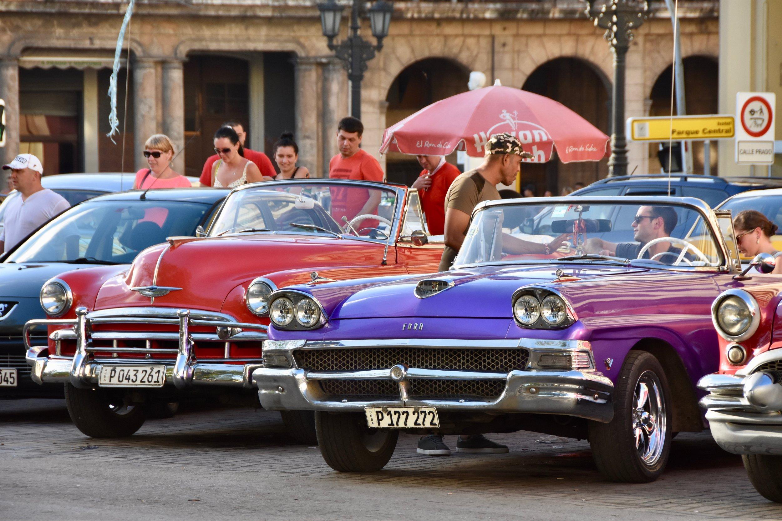 Cars Havana - Web * Brochure .jpg