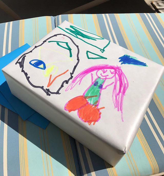 Hope all fathers had a wonderful Fathers Day!!! The best wrapping paper is that which was decorated by your young artists 🎨 #usedtheotherside #mermaidmood #fathersday2019 #fathersdaygifts #youngpicasso