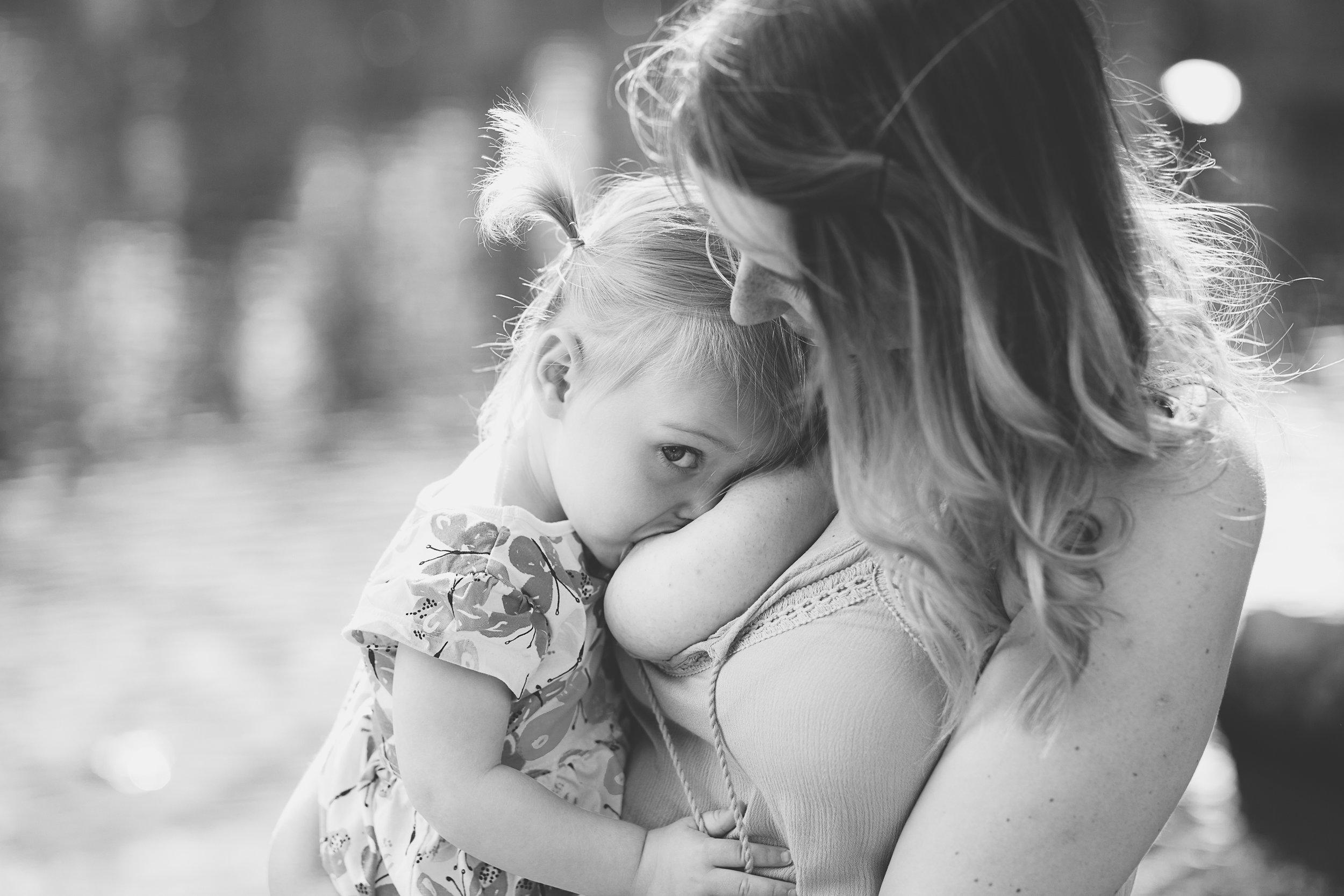 aberdeen breastfeeding photographer