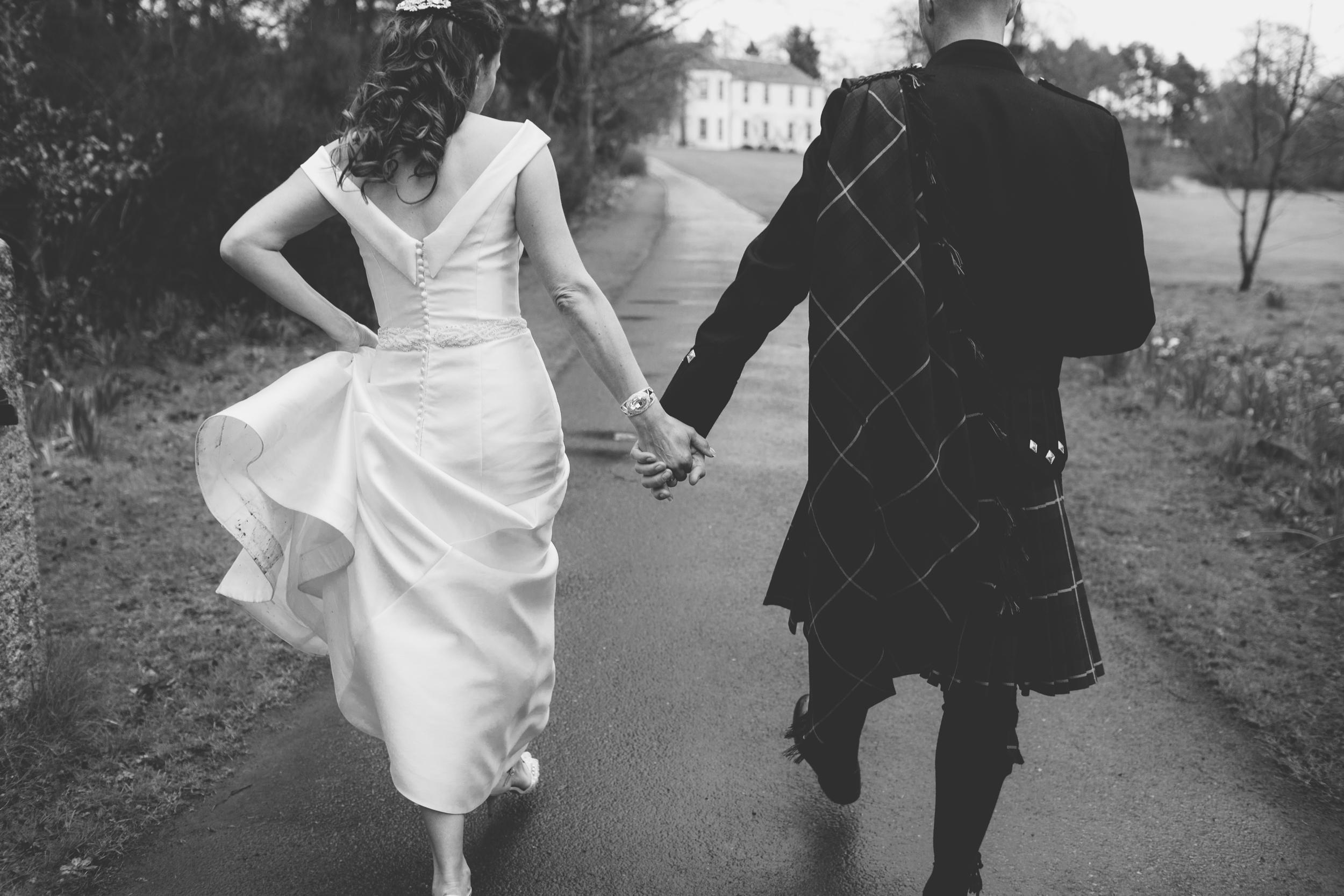 natural wedding photography aberdeen